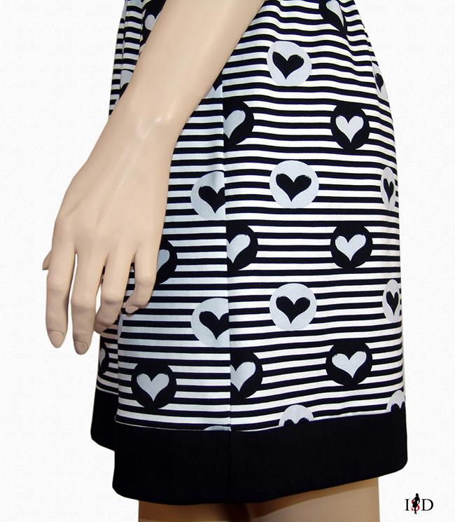 Jersey Sommer Blenden Kleid Herzchen gestreift Seitenansicht