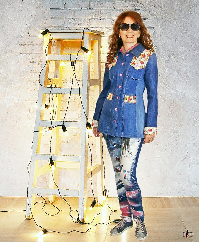 Jeansjacke mit Leinenrosenstoff Besatz