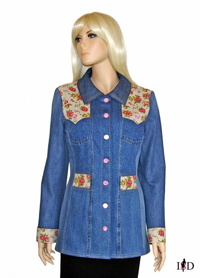 Jeansjacke mit Rosenstoff Besatz